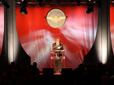 Naval-Aviation-MC-Dan-Fouts-on-stage